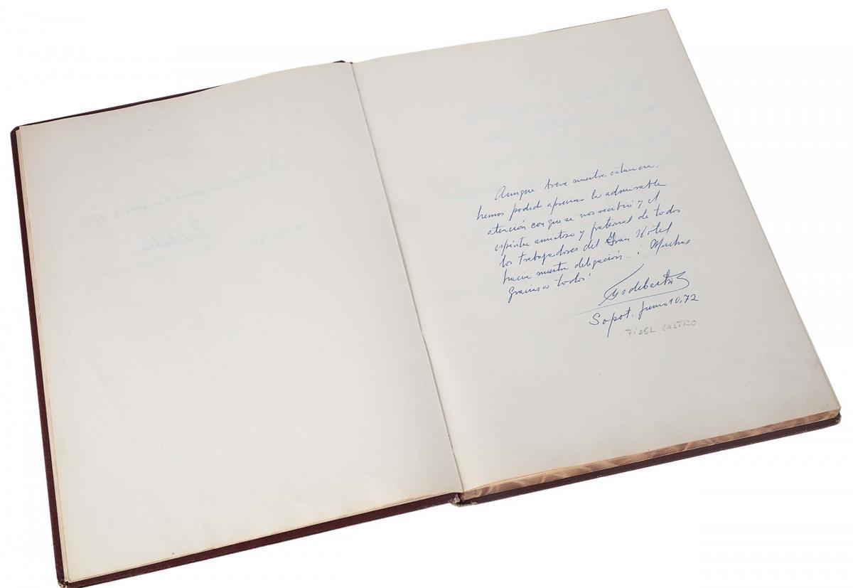 Księga pamiątkowa z wpisami gości Grand Hotelu w Sopocie z lat 1967–1977 - 2