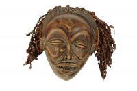 Maska plemienia Chokwe, typ Mwana-Po, Kongo, poł. 20 w.