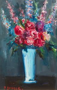 Kwiaty w błękitnym wazonie