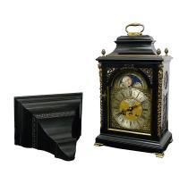 Zegar szafkowy typu bracket clock z konsolą