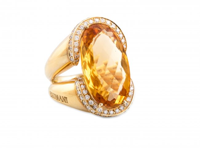 Pierścień z kwarcem złocistym i brylantami, Brumani, współczesny